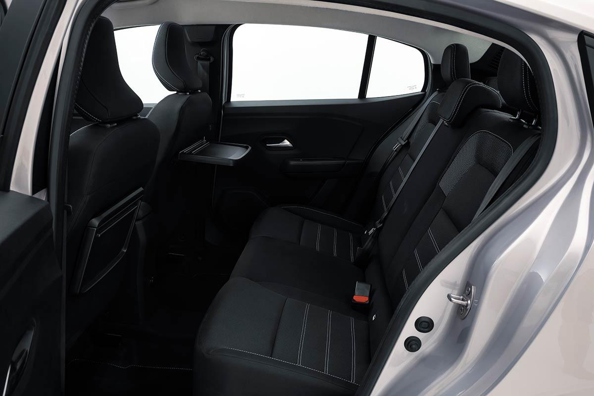 2021 Dacia- sandero-interior-3-soymotor.jpg