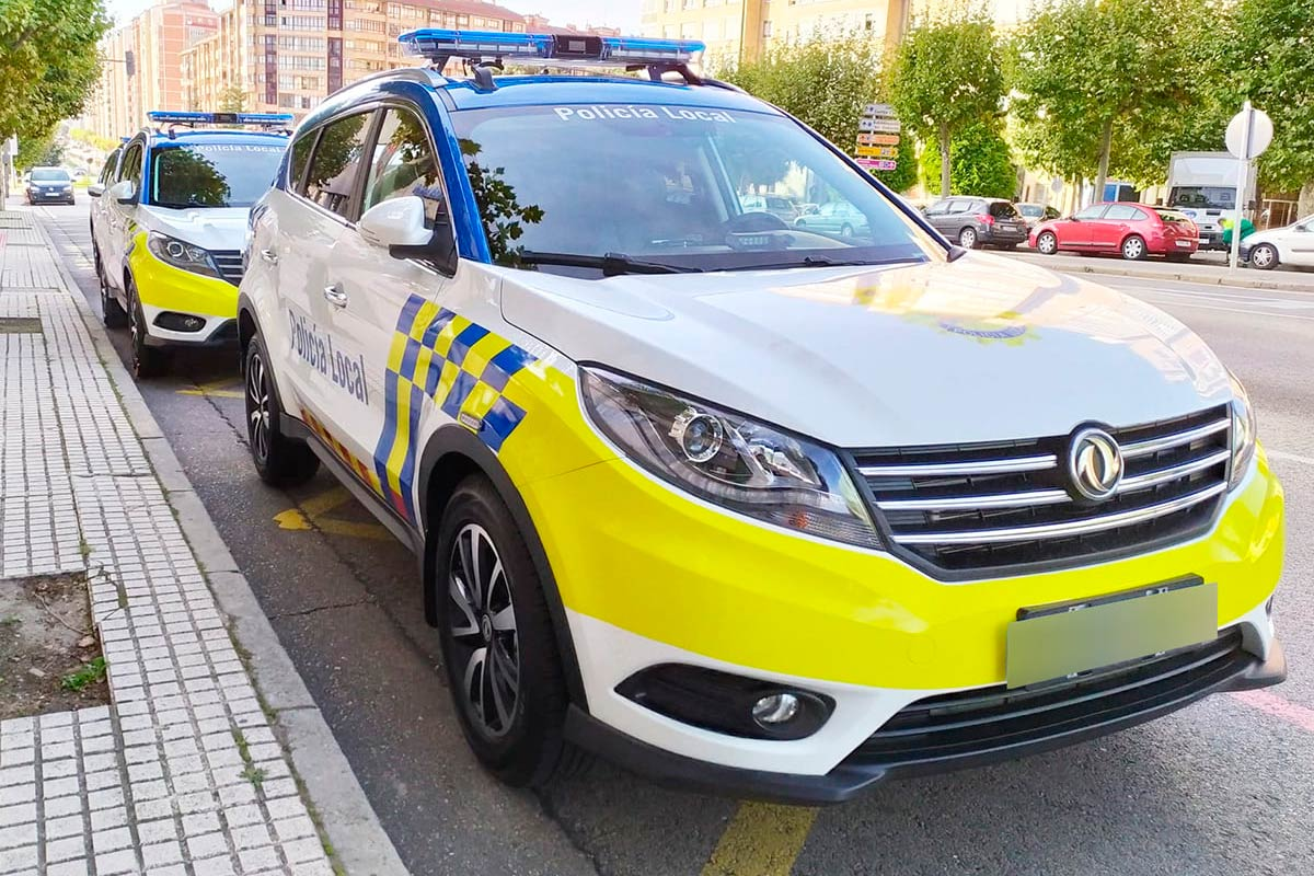 dfsk-580-policia-2-soymotor.jpg