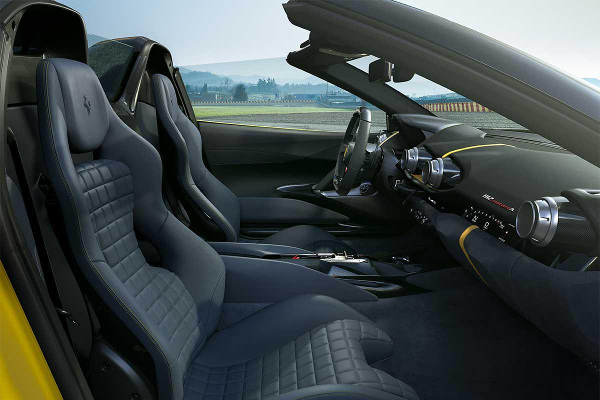 ferrari-812-competizione-a-interior-soymotor.jpg