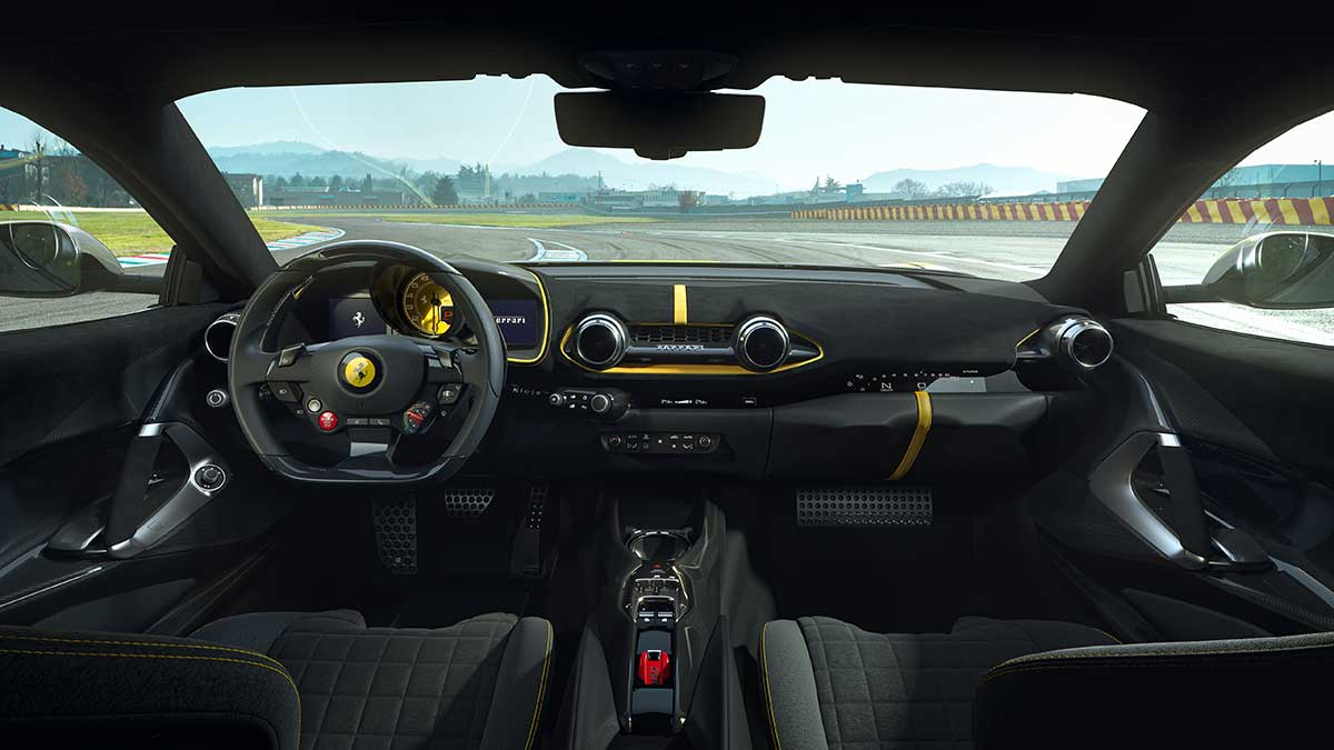 ferrari-812-competizione-interior-soymotor.jpg