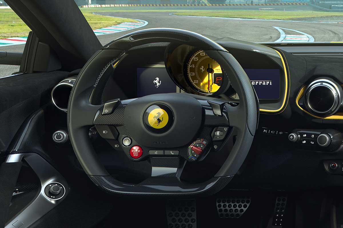 ferrari-812-competizione-volante-soymotor.jpg