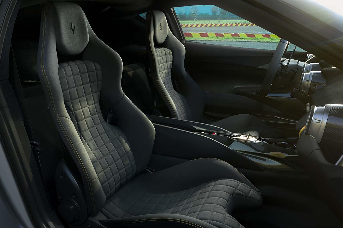ferrari-v12-edicion-limitada-interior-soymotor.jpg