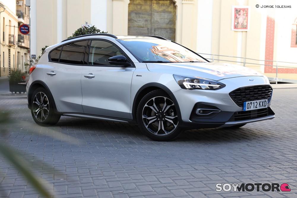 ford-focus-active-exterior-1-soymotor.jpg
