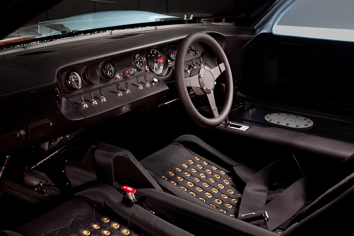 ford-gt40-interior-soymotor.jpg