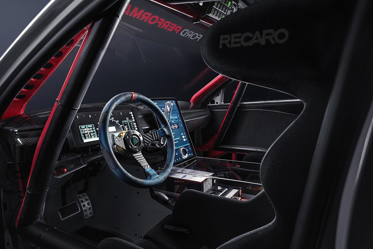 ford-mustang-mach-e-1400-interior-2-soymotor.jpg