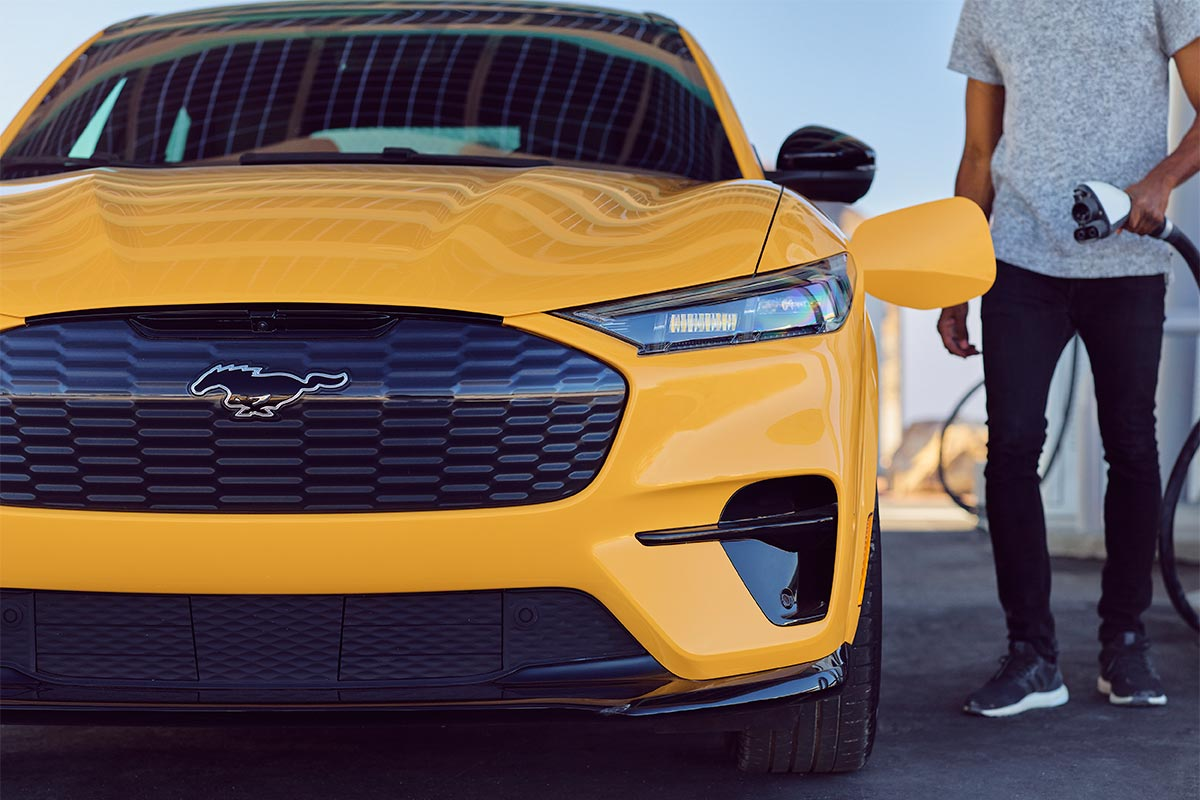 ford-mustang-mach-e-gt-performance-edition-frontal-soymotor.jpg