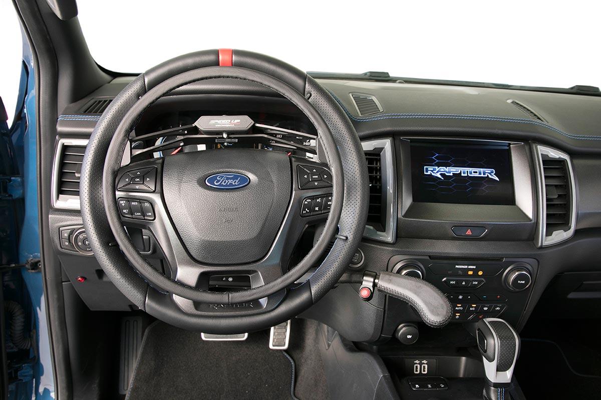 ford-ranger-adaptado-1-soymotor.jpg