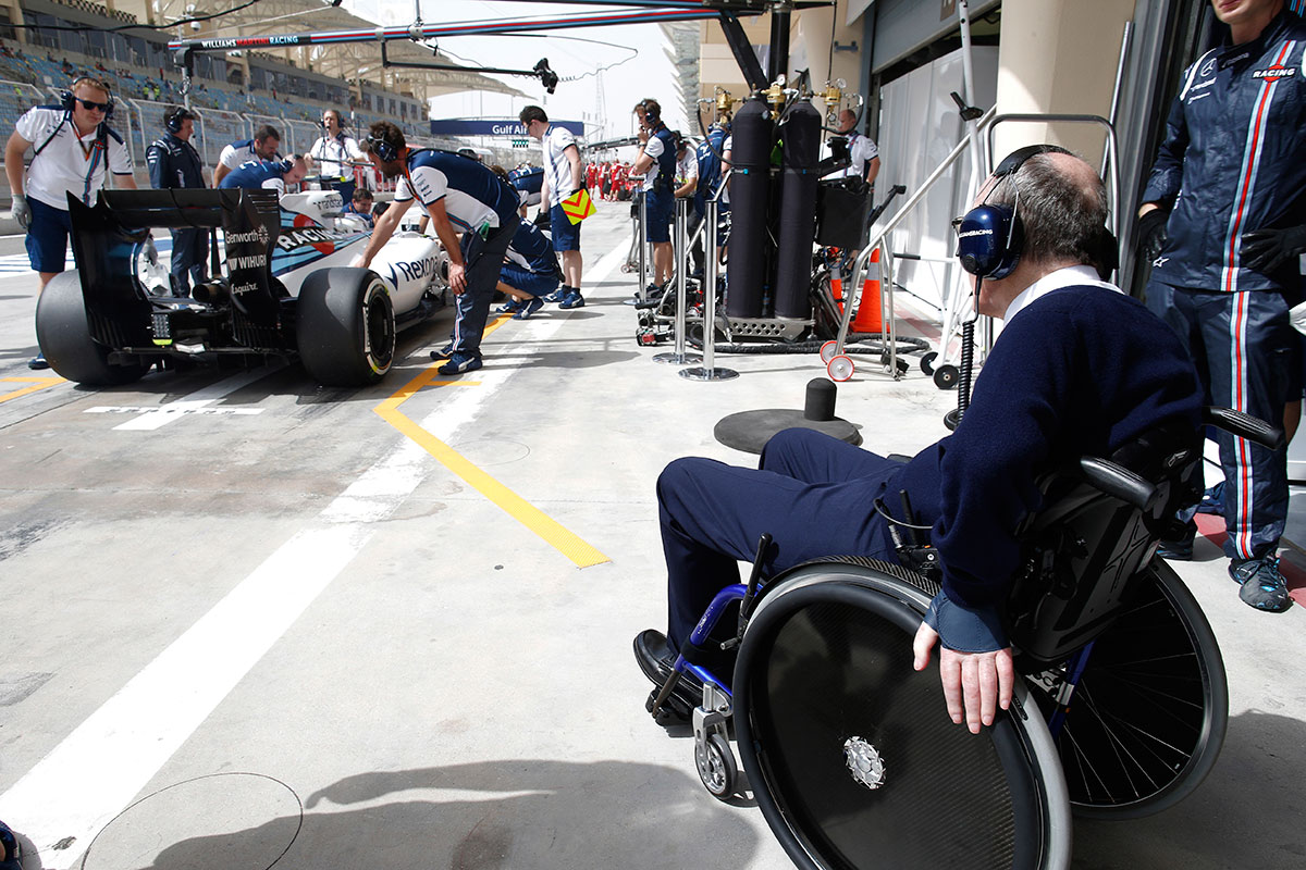 frank_williams_pitlane_2015_soymotor.jpg