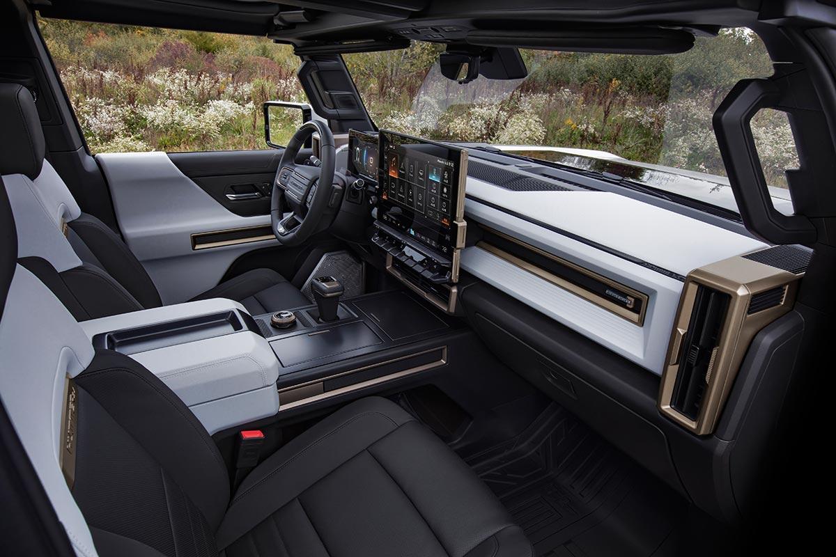 gmc-hummer-ev-interior-soymotor.jpg