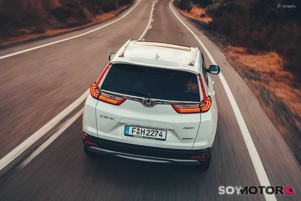 honda-cr-v-hybrid-2019-soymotor-36.jpg