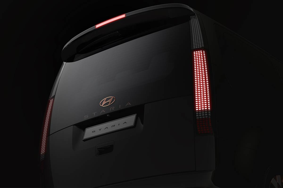 hyundai-staria-premium-exterior-2-soymotor.jpg
