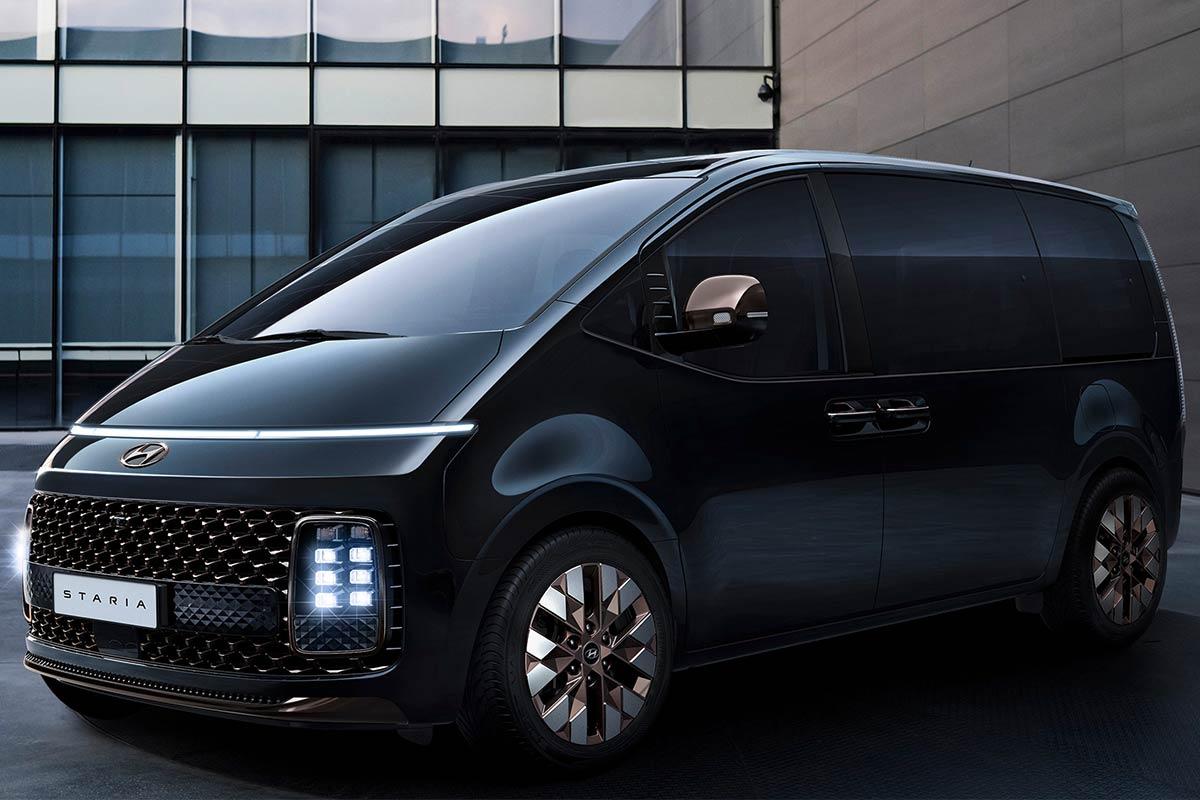 hyundai-staria-premium-exterior-3-soymotor.jpg