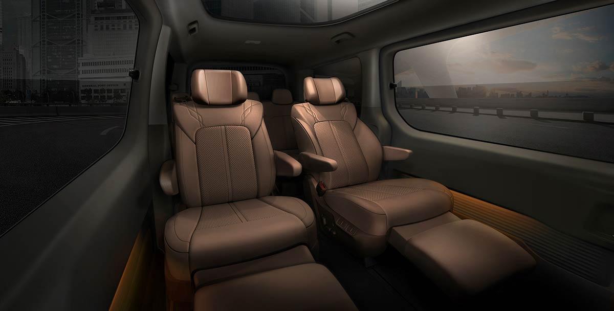 hyundai-staria-premium-interior-2-soymotor_0.jpg