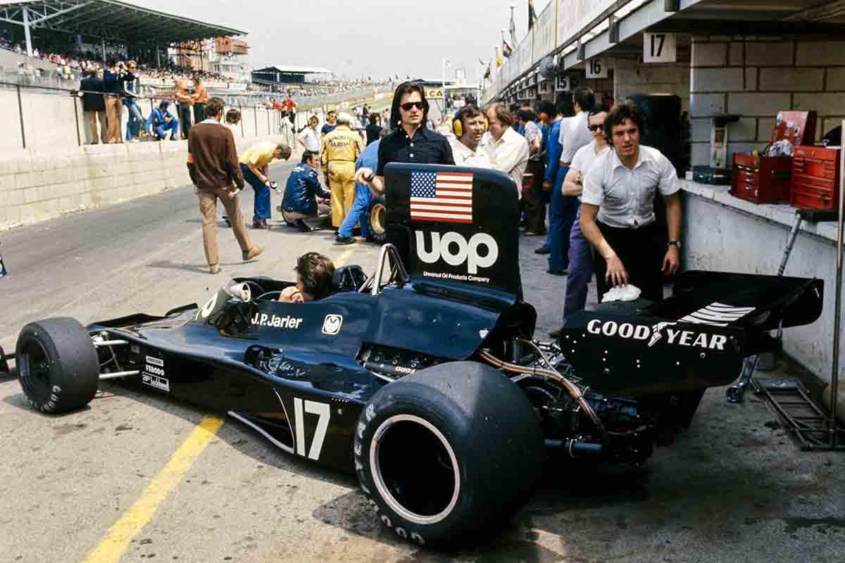 jarier_shadow_dn3_ford_1974_soymotor.jpg