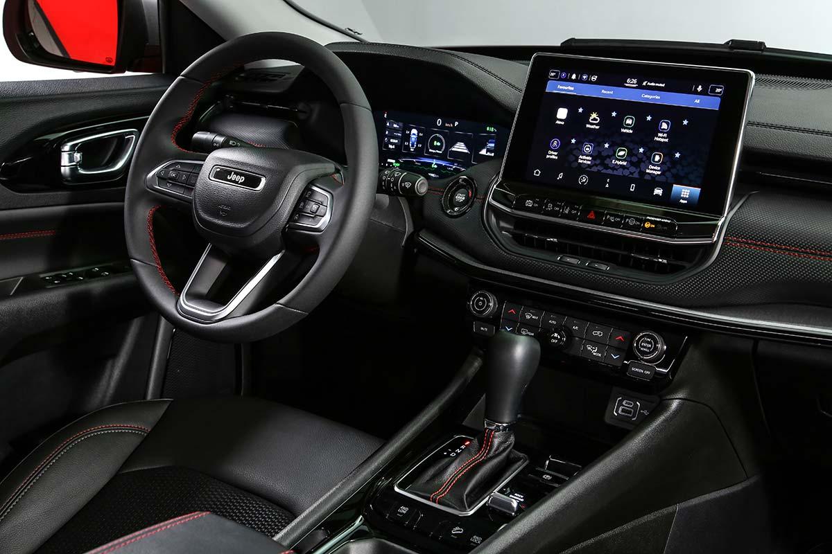 jeep-compass-interior-soymotor.jpg