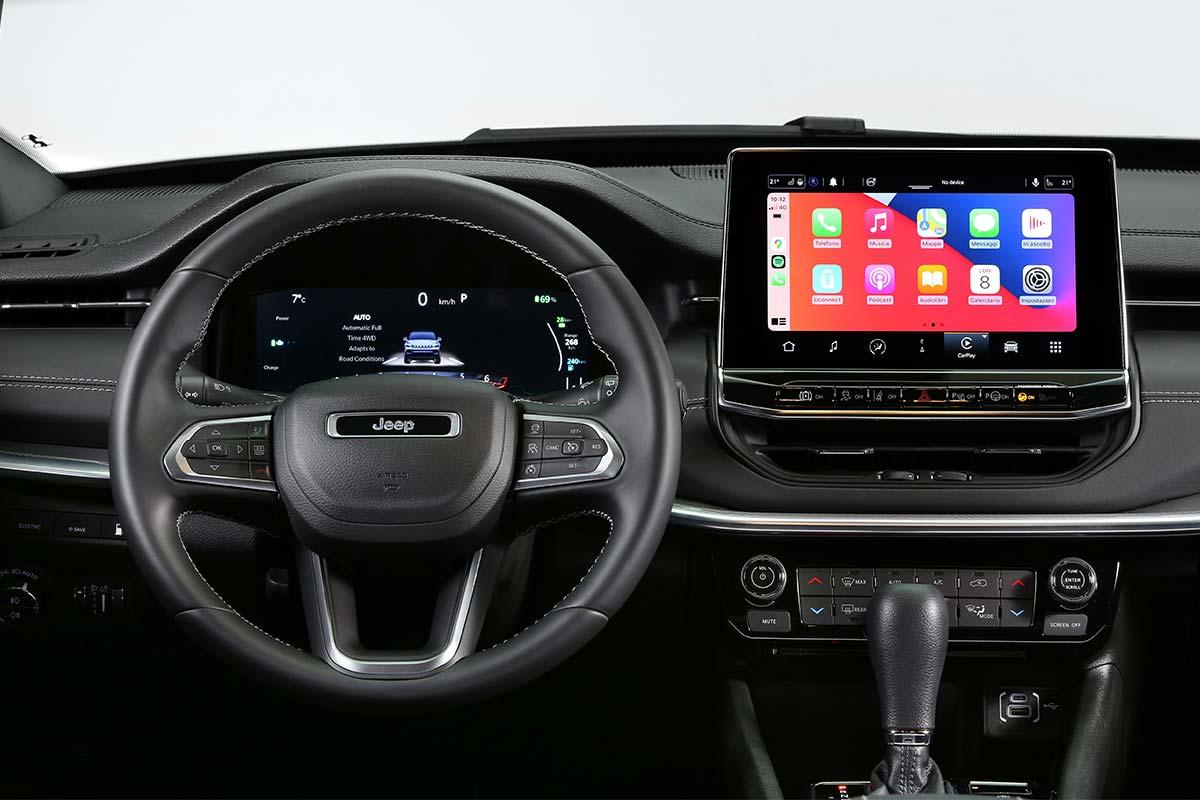 jeep-compass-pantalla-2-soymotor.jpg