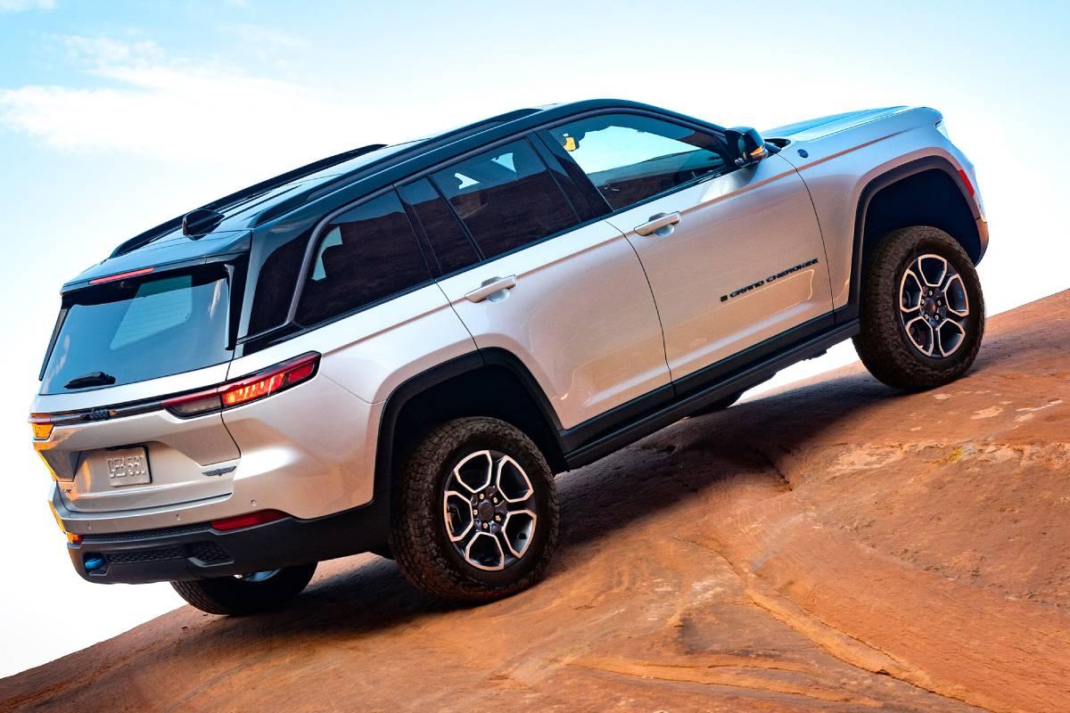 jeep-grand-cherokee-2022-zaga-3-soymotor.jpg