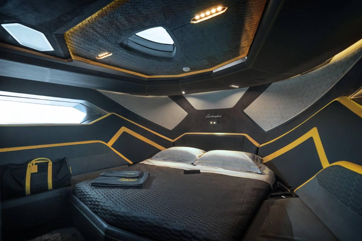 lamborghini-tecnomar-yate-interior-soymotor.jpg