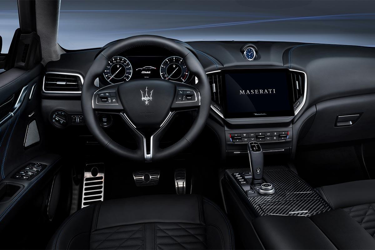 maserati-ghibli-hybrid-interior-2-soymotor.jpg