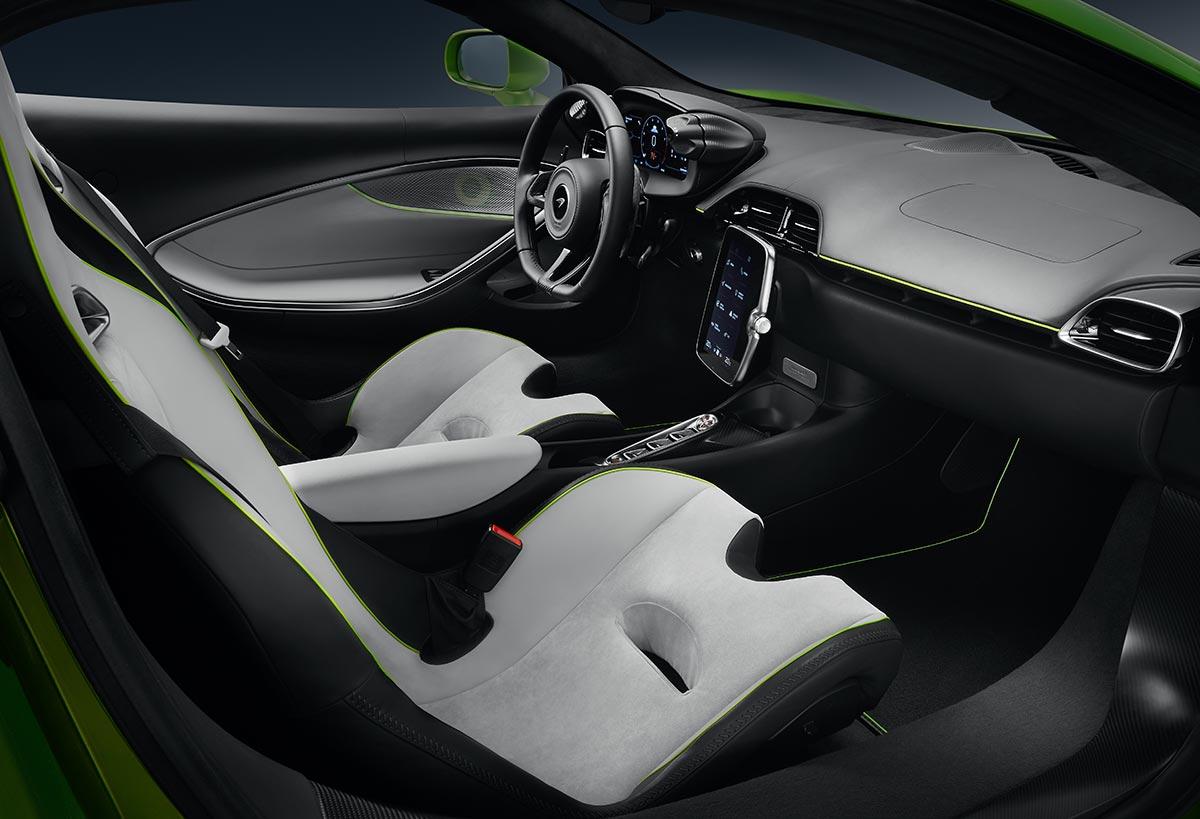 mclaren-artura-interior-4-soymotor.jpg