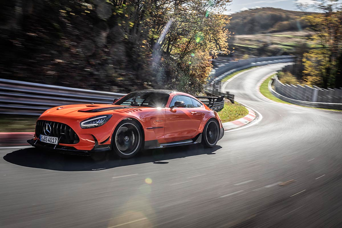 mercedes-amg-gt-r-record-nurburgring-lateral-soymotor.jpg