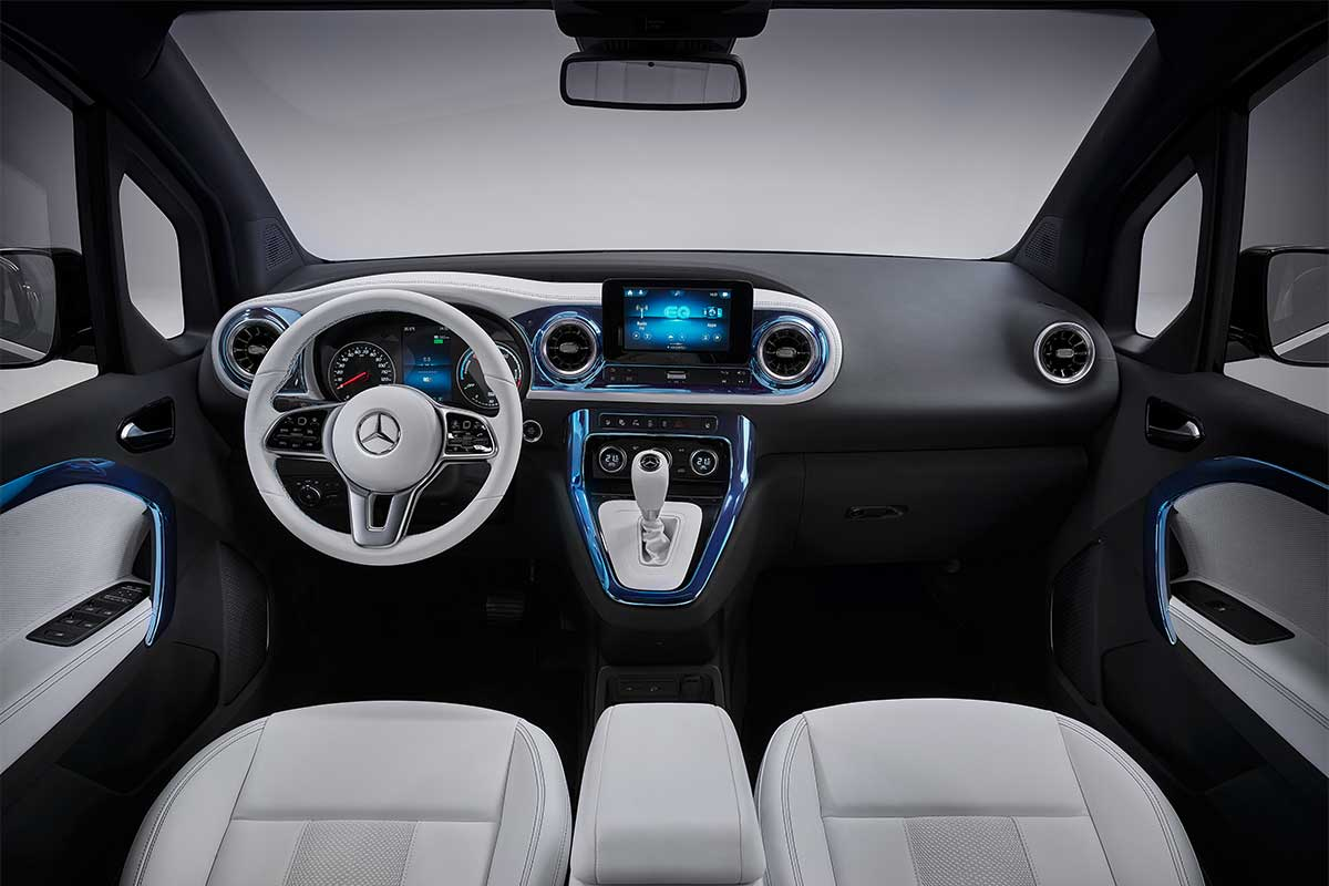 mercedes-benz-concept-eqt-interior-2-soymotor.jpg