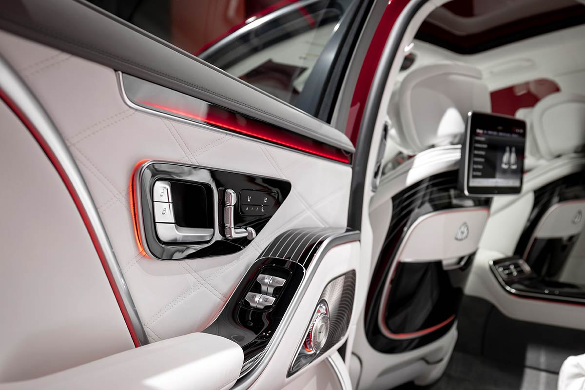 mercedes-maybach-clase-s-interior-4-soymotor.jpg