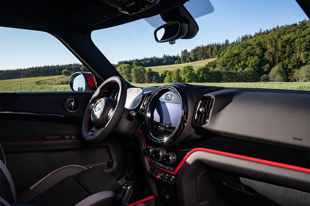 mini-jcw-countryman-interior-soymotor.jpg