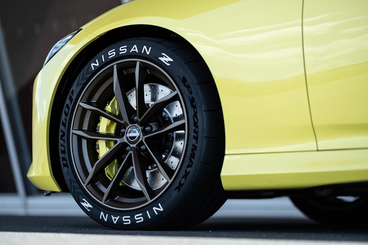 nissan-400z-rueda-soymotor.jpg