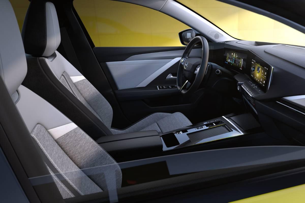 opel-astra-2022-interior-2-soymotor_0.jpg