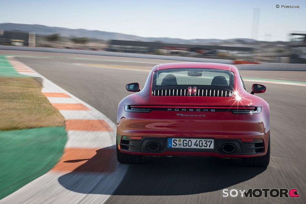 porsche-911-992-carrera-4s-soymotor-05.jpg