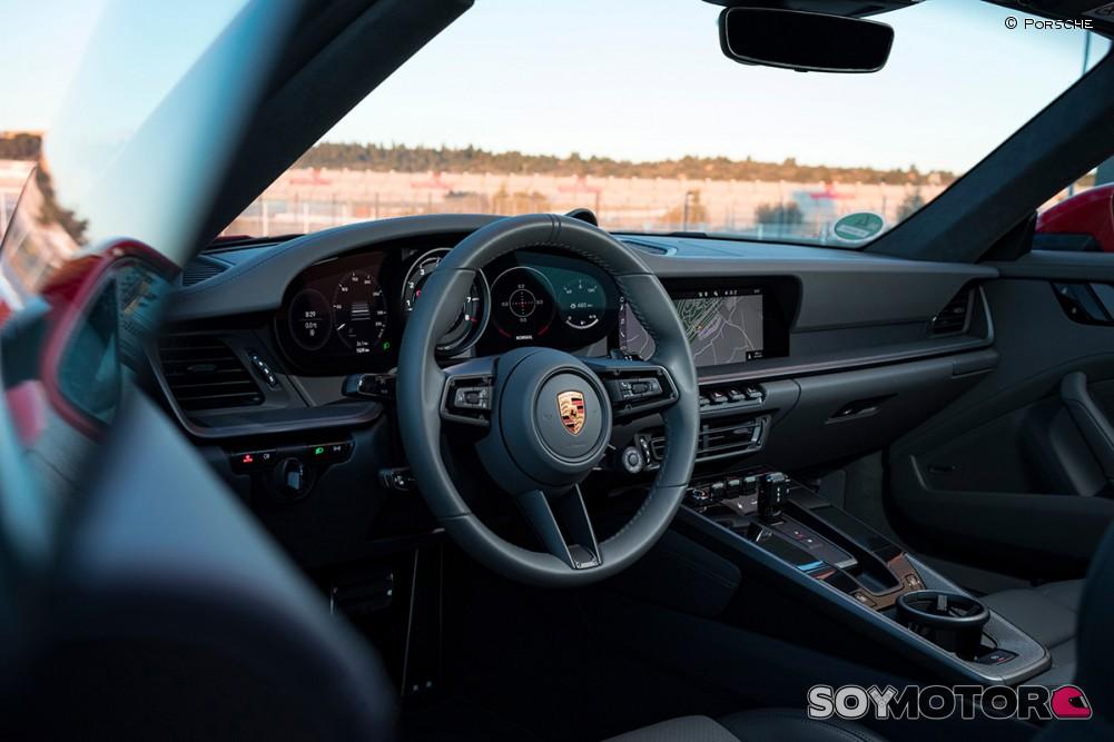 porsche-911-992-carrera-4s-soymotor-24.jpg