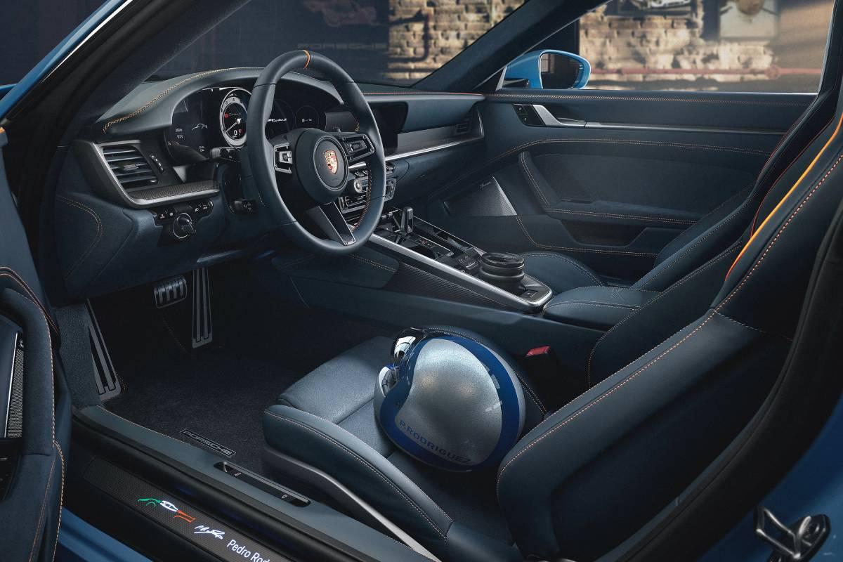 porsche-911-pedro-rodriguez-interior-soymotor.jpg