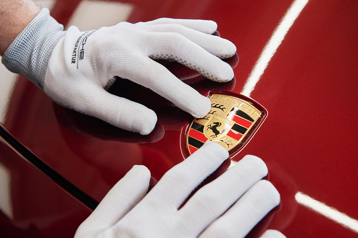 porsche-911-targa-emblema-soymotor.jpg
