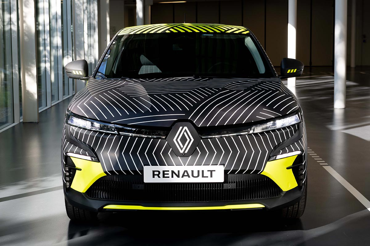 renault-megane-e-tech-electric-frontal-soymotor.jpg
