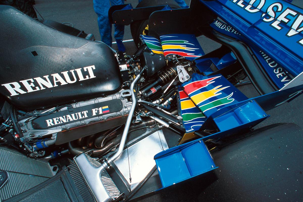 renault-v10-1995.soymotor.jpg
