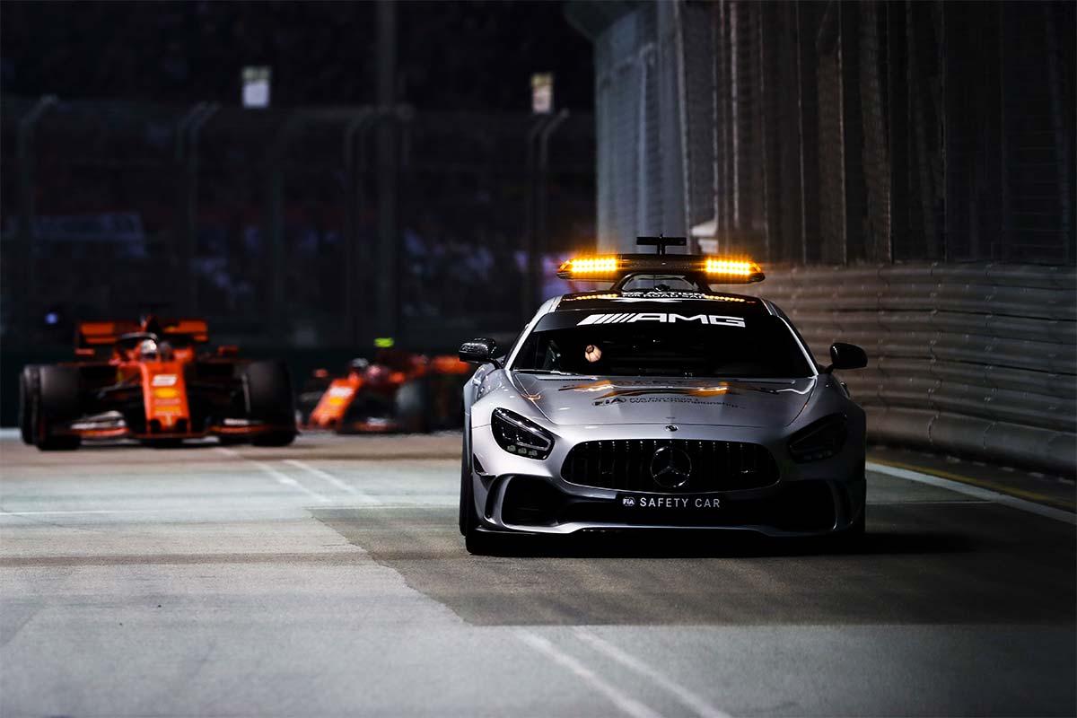 singapur-carrera-coche-seguridad-2019-soymotor.jpg