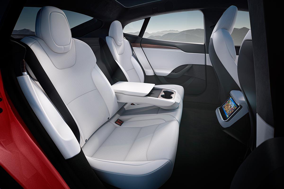 tesla-model-s-2021-interior-7-soymotor.jpg