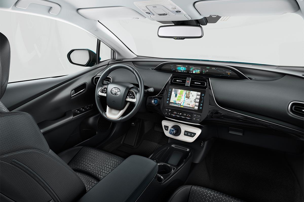 toyota-prius-plug-in-interior-soymotor.jpg