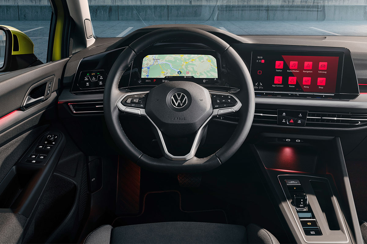 volkswagen-golf-8-interior.jpg