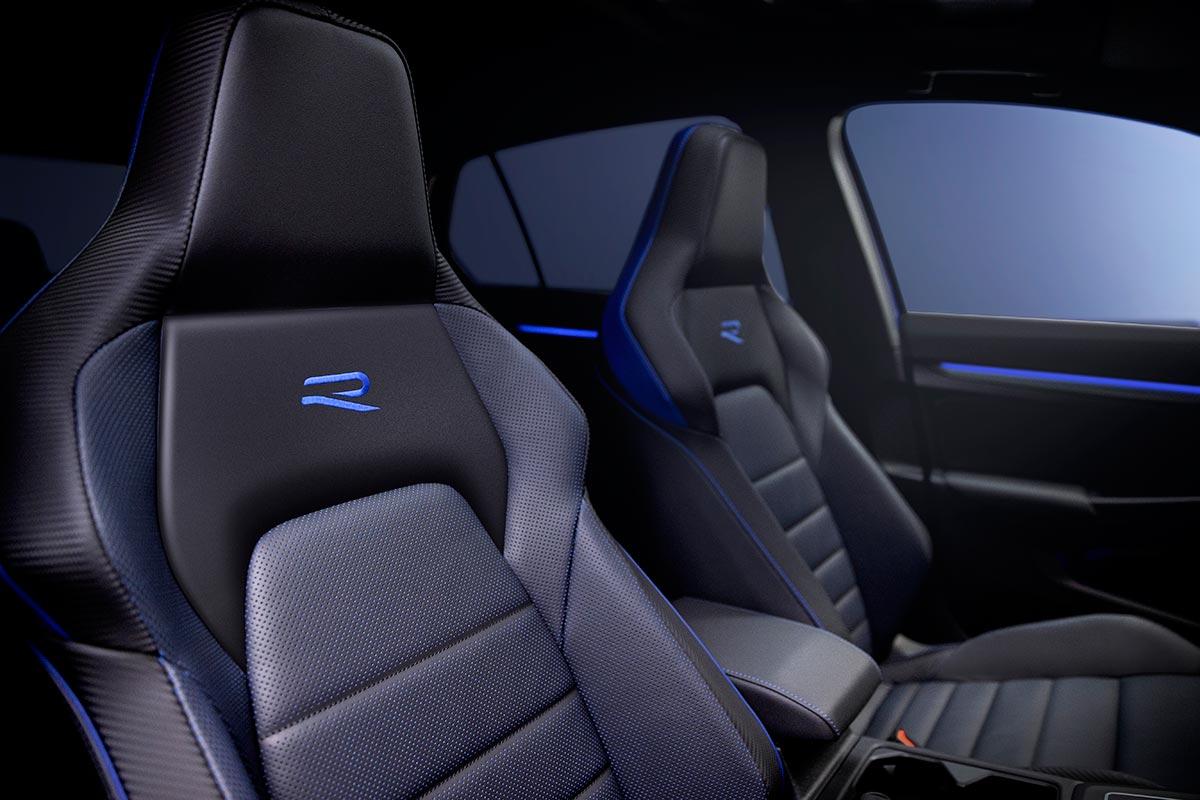 volkswagen-golf-r-interior-soymotor.jpg