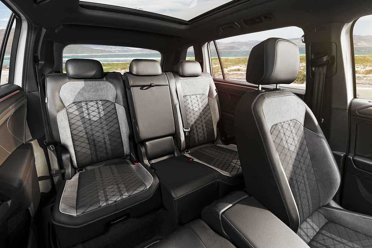 volkswagen-tiguan-allspace-2021-interior-2-soymotor.jpg