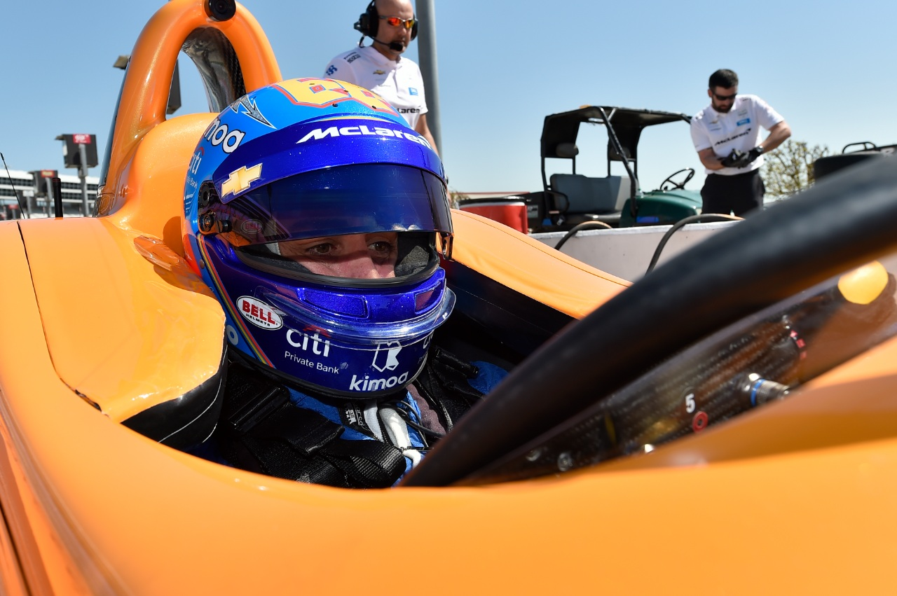 alonso_test_indycar_texas_2019_soymotor_1.jpg