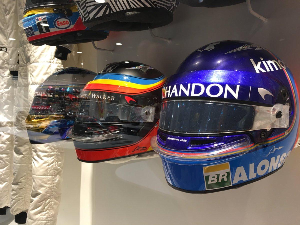 Museo Y Circuito Fernando Alonso : El casco y el trofeo de las h de spa ya están en el museo de