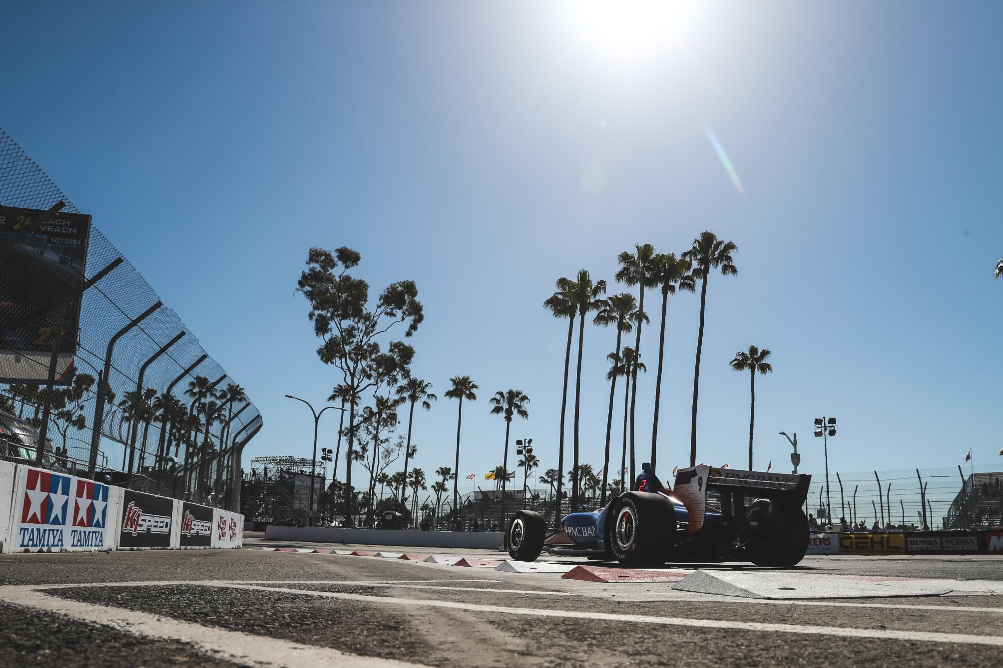 dixon_long_beach_2019_soymotor.jpg