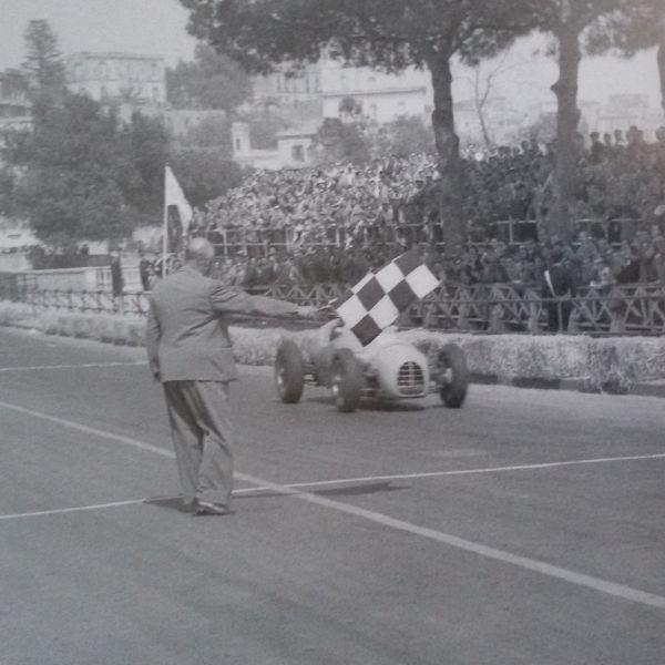 manzon_gordini_t16_meta_napoles_1956_0.jpg